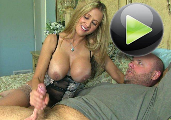 Brunette Wife Cuckold Amateur